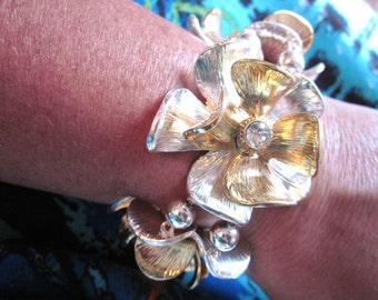 "Floral ""Look At ME"" Bracelet"