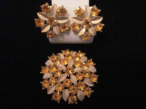 Vintage SARAH COVENTRY Brooch & Clip-On Earrings Set