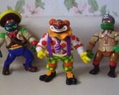 Three Ninja Turtle Michaelangelos as Crazy Clown, Bandito Bashing and Daniel Boone