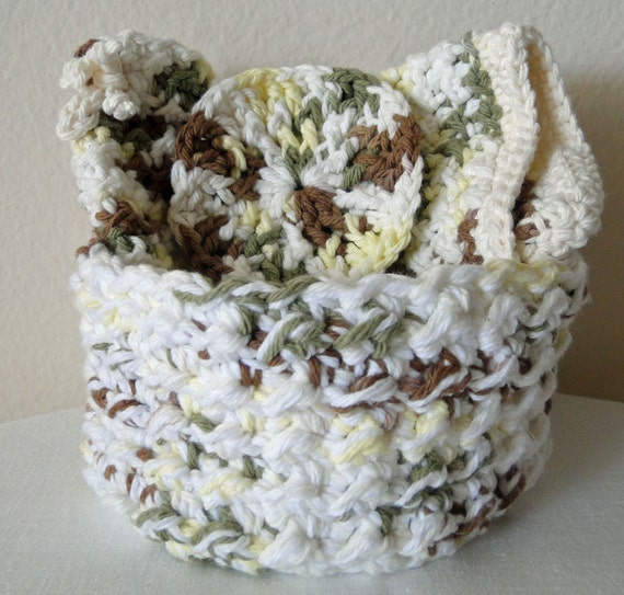 Crochet Spa Set Woodland Colors to include Basket, Wash Cloth, Face Scrub, Bath Puff and Soap Saver