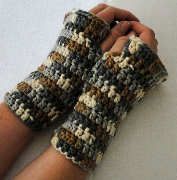 Crochet Ruffled Wrist Warmers, Fingerless Gloves, Texting Mittens