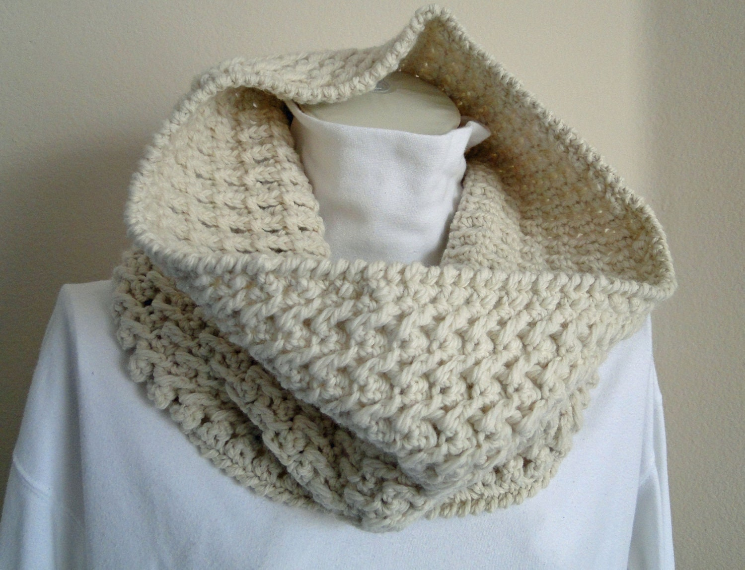 Crochet Neck Warmer Cowl Scarf Zig Zag Design by karensstitchnitch Cowl Neck Scarves Crochet