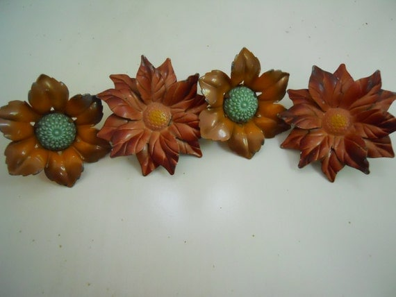 Metal flowers with stick pin stem