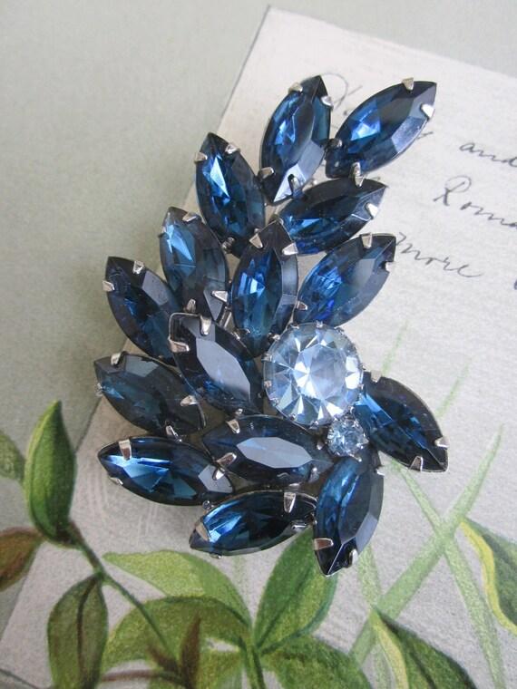 Vintage 1950s Sapphire Blue Rhinestone Juliana Leaf Brooch & Earrings Set