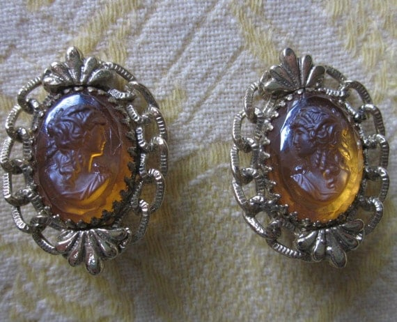 Vintage Signed WHITING & DAVIS  Amber Cameo Clip On Earrings