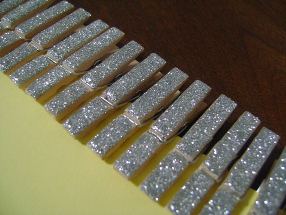 silver . petite . glitter clothespins . 30