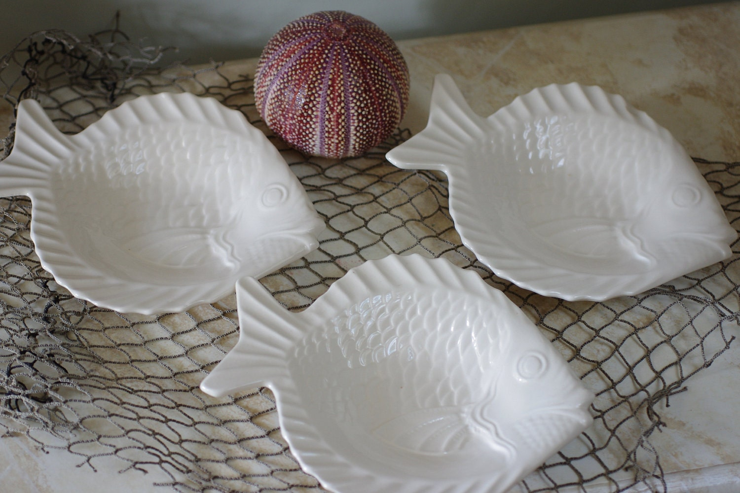 Vintage set of 6 ceramic fish shaped salad plates off white for Fish shaped plates