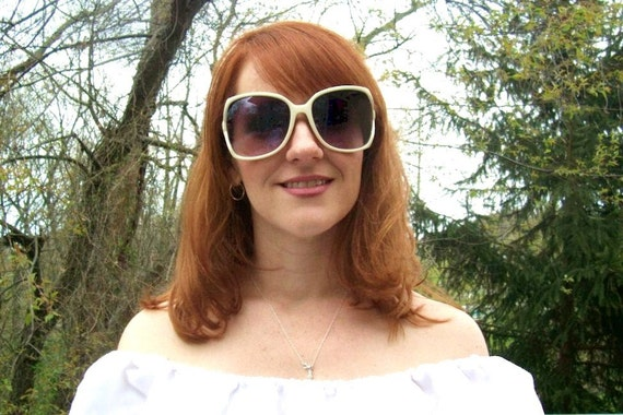 SALE 70s/80s Big Oversized White Sunglasses