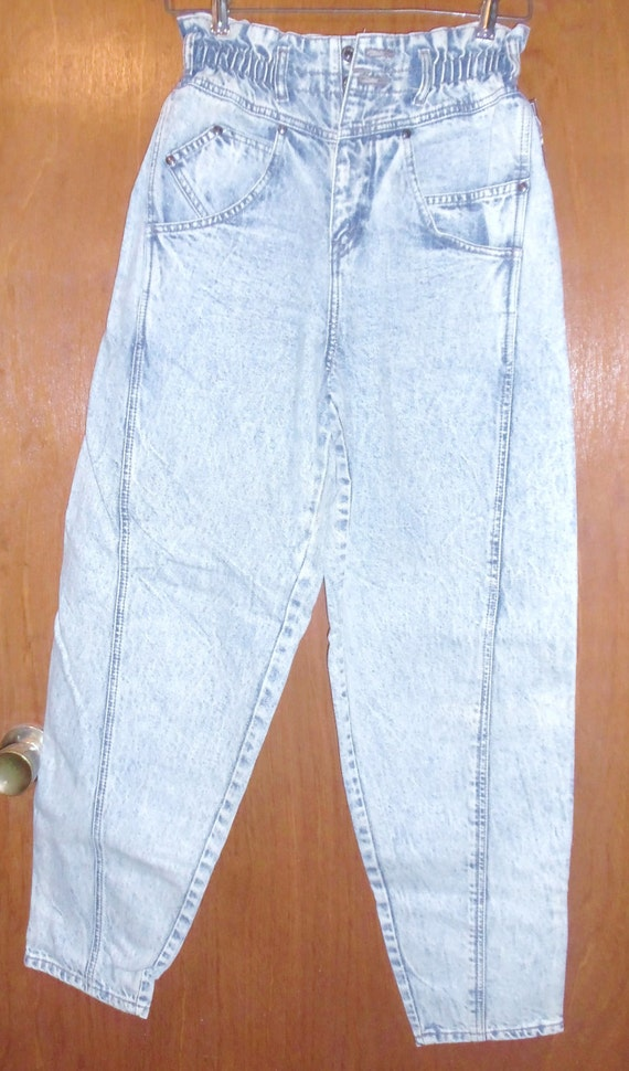 SALE 80s Deadstock Levi's Baggie Stonewashed Jeans SIZE 5/6