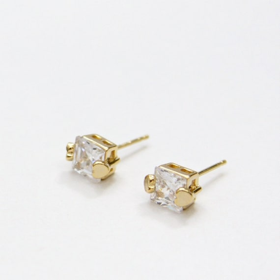 Mini Square Cubic Zirconia Post Earrings Gold Hearts Setting