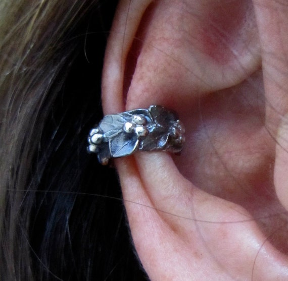 Blueberry Ear Cuff