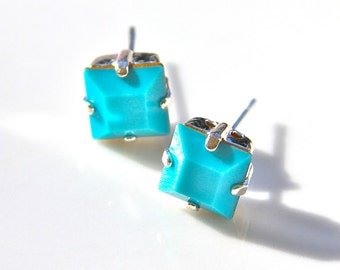 Turquoise Aqua Blue Square Vintage Bridesmaids Post Earrings - Swarovski Rhinestone Square Silver Post Earrings
