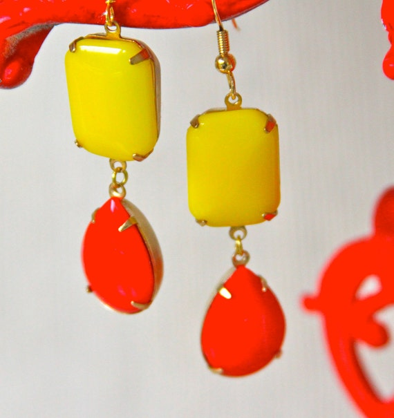 Vintage Cherry Red Pear Tear Drop and Lemon Yellow Glass Rectangle Stone Bridal Dangle Earrings