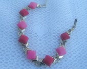 Gorgeous Vintage Bracelet -Pink & Red