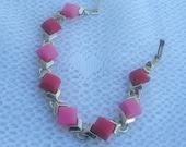 Gorgeous Vintage Bracelet -Pink & Red