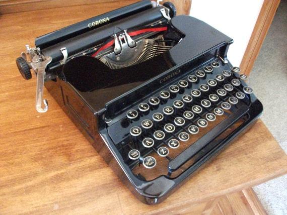 Antique Smith Corona Typewriter - Flat top