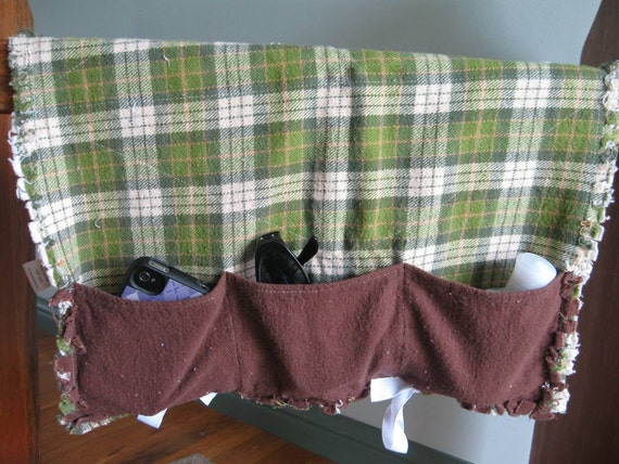 CLEARANCE: 3 Pocket Bunk Bed Caddy in Green Plaid