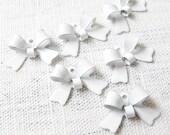 20PCS Colorful ribbon bow shape tiny metal charms pendants Pure White (17-1-259)