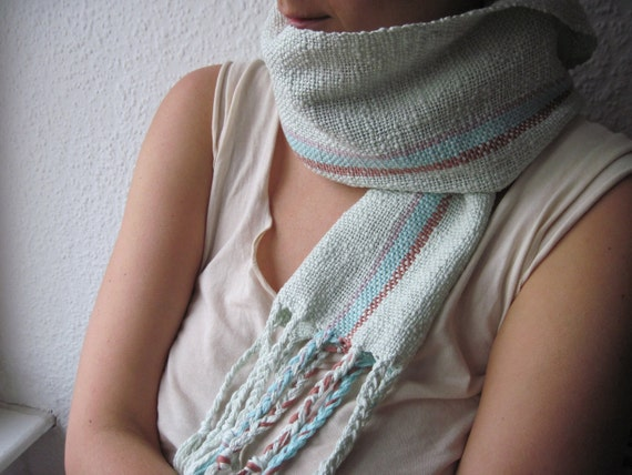 Scarf Cotton Sage handwoven by Nadia Sameheart 'Gentle Power'