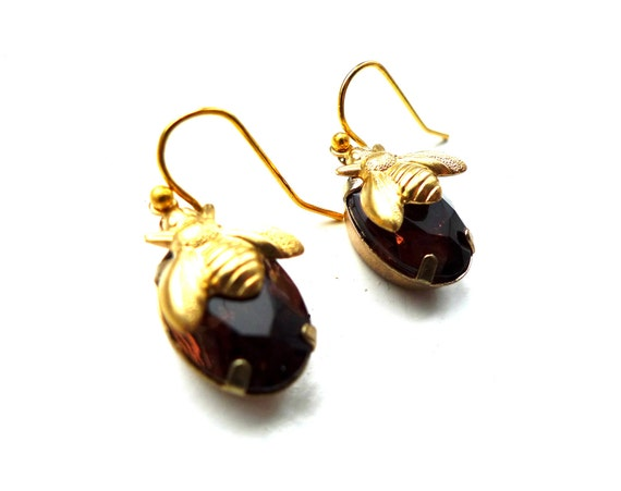 Honey Bee Earrings - Bumble Bee Jewelry, Estate Style, Golden Brown