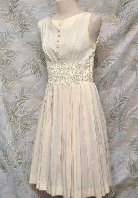 Vintage Ladies Dress 50s or 60s Sleeveless Ecru Color Pleated Skirt and Lace Trim Waist