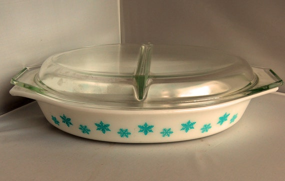 Vintage Pyrex White Snowflake Divided Casserole