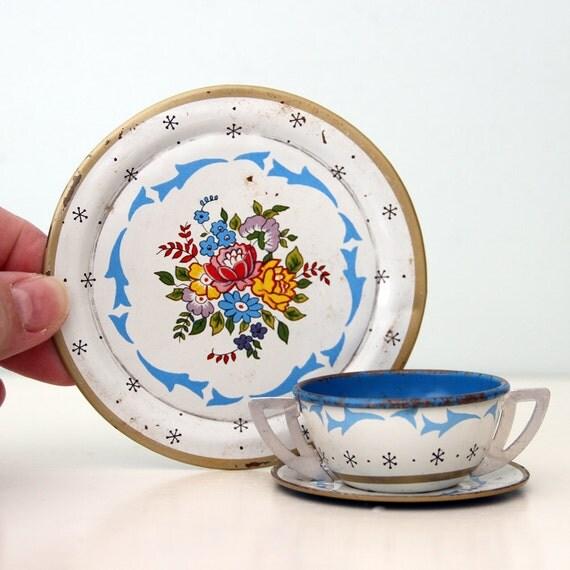 Vintage Ohio Art Tin Tea Set, Blue Heaven - 1957