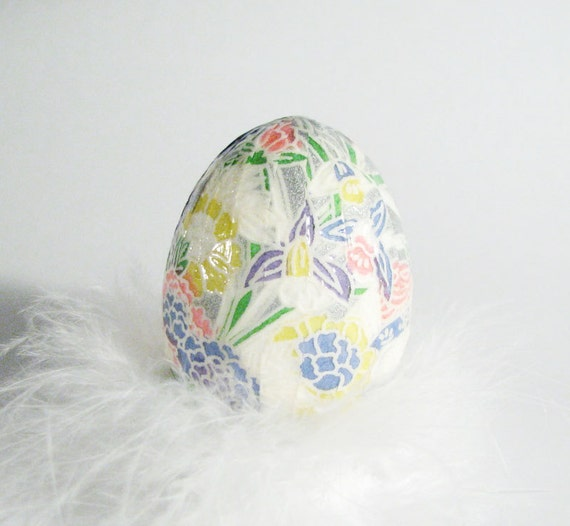 Decoupage Easter Egg  - Floral Gray