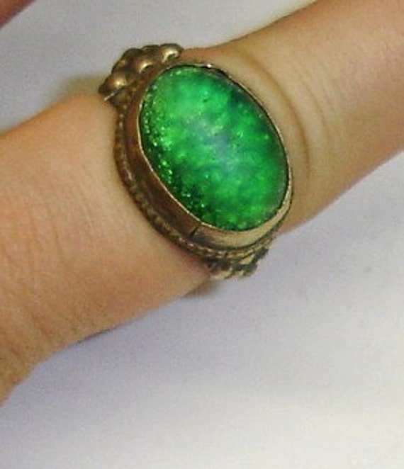 Antique Medieval Roman Byzantine Islamic Style Silver Foil Backed Green Glass Stone Silver Alloy Ring