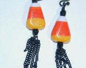 JBB Candy Corn Chains N Things That Go Bump In the Night Art Glass Earrings