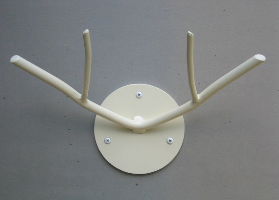 Small Antler Hook (Ivory)