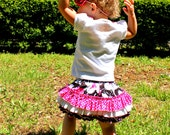 Black White Pink Ruffle Butt Diaper Cover Bloomer and Tee Shirt.  Sizes 6-12 M, 12-18 M, 2, 3