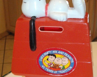 Snoopy Doghouse Bank 1960s and Mickey Mouse Lunch Box