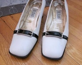 Bill Blass shoes, white pumps, black patent leather, spring shoes, size 7.5