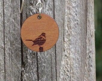 Bird wood earring - small kidney hook