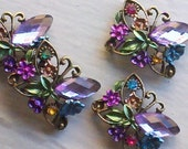 4 Pieces Wisteria  Rhinestone Connector Beads, Buckles  with  Butterfly Motif  Metal  Base -- 4BW