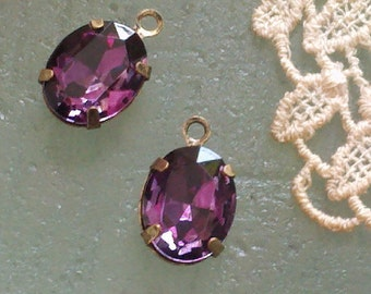 4 Pieces. 10 MM X 8 MM  Amethyst  Color Faceted Oval  Crystal Glass  Rhinestones  With One Ring   Antique  Brass Settings..