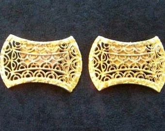 SALE Vintage Shoe Clips -- Gold-Tone Cutwork
