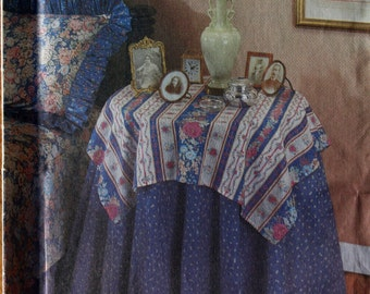 Simplicity House 8418 Tablecloth and Napkin Patterns