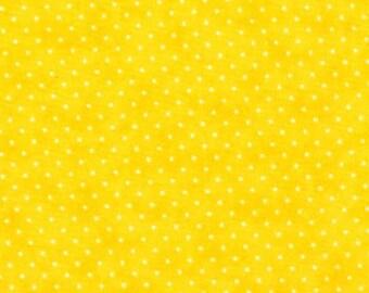 Moda Essential Dots - Sunshine from Moda Fabrics