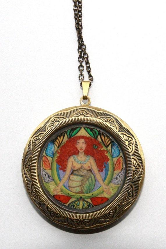 PariNati (Transformation) - Large Bronze Locket