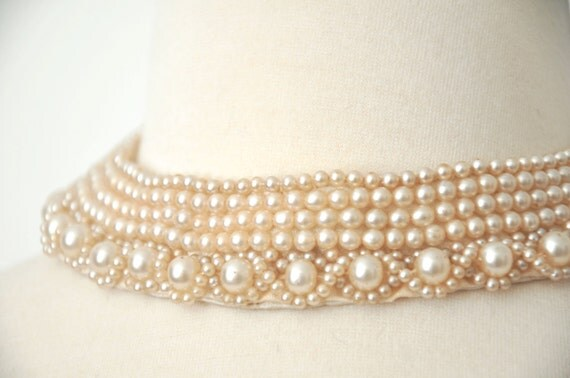 1920s/ 1930s Pearl Collar Choker // Flapper Style // Silk Backed