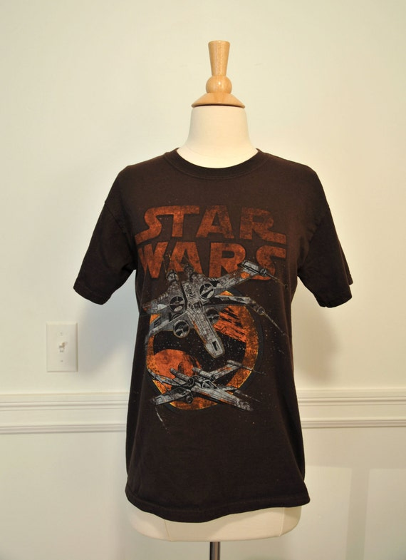 STAR WARS T-Shirt // 1980s // Womens Size S Youth M Brown