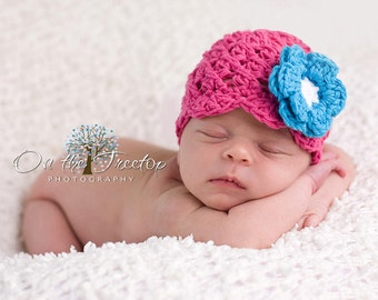 NEWBORN Baby Girl Hat, 0 to 1 Months Baby Girl Hat, Baby Flapper Beanie, Hot Pink with Turquoise, White Flower. Photo Props. Baby Gift.