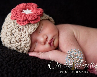 NEWBORN Baby Girl Hat, 0 to 1 Months Baby Girl Crochet Flapper Hat, Beige with Red, Cream Flower. Great for Photo Props. Baby Shower Gift.