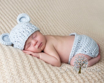 NEWBORN SET, 0 to 1 Months Baby Boy Hat and Diaper Cover, Chunky Monkey Flapper Baby Blue Hat and Matching Diaper Cover. Photo Shoots.
