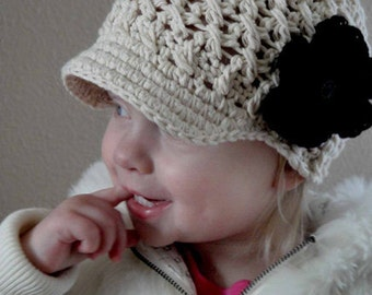 Girl Hat, 2T to 4T Girl Newsboy Cap, Toddler Girl Visor Hat, Cream with Black and Cream Flower. Great with any Outfit. Photo Props. Gift.