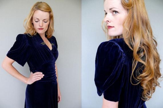 1930s A Night At the Opera midnight blue silk velvet gown