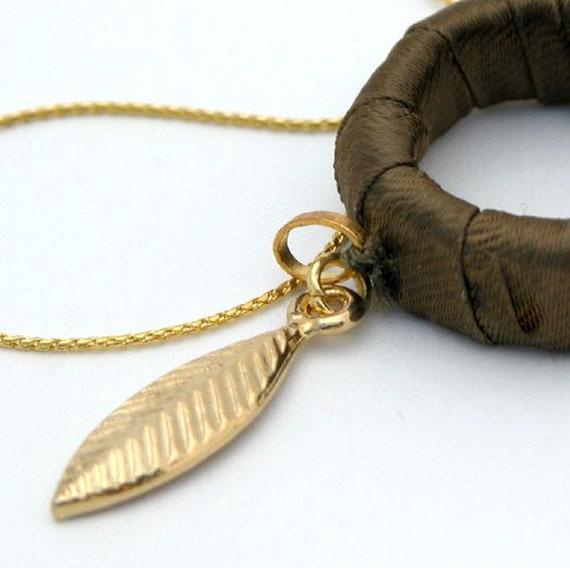 Gift For Women, Gold Leaf Greek Goddess Necklace, Leaf Pendant Necklace, Hoop Leaf Necklace