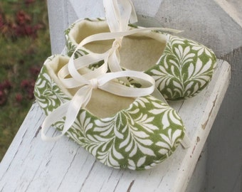 baby girl ballet slippers in olive green